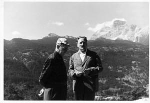 Edoardo Gellner (a destra) con Enrico Mattei in cadore