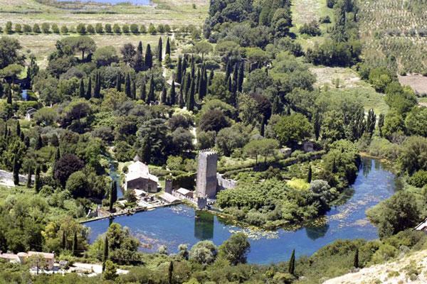 Quali sono i parchi pi belli d italia giornale dell - Il giardino di ninfa ...