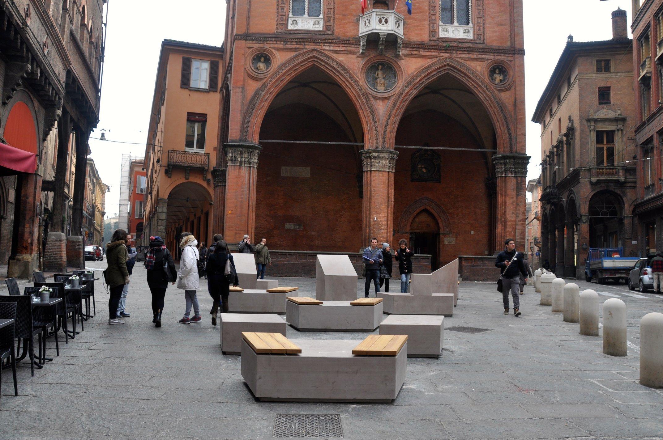 Arredo bologna gazebo in legno with arredo bologna for Complementi arredo bologna