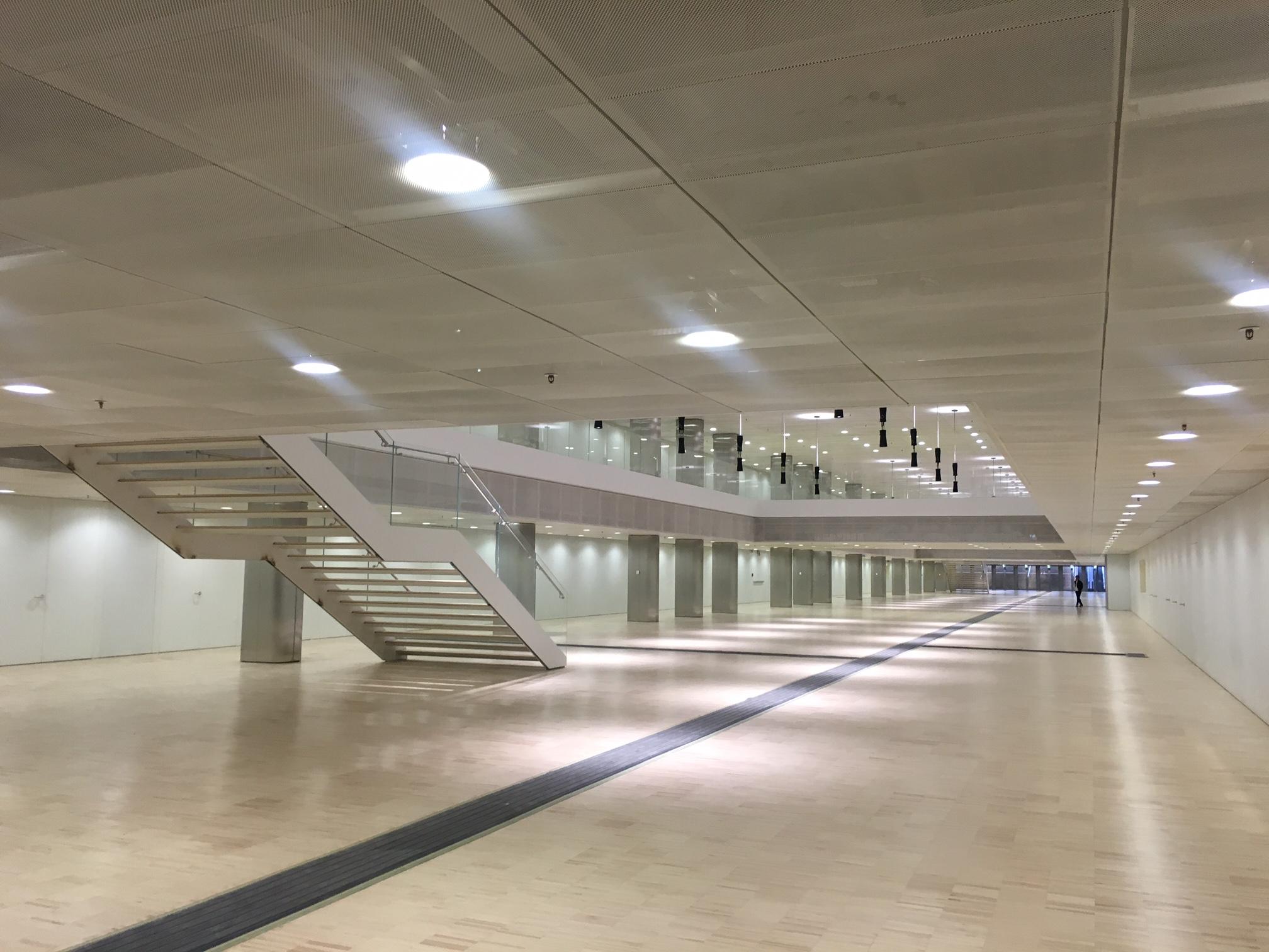 Centro congressi eur di fuksas roma nella nuvola for Giornale architettura