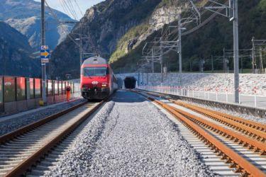 L'imbocco del tunnel sul versate sud a Bodio, in Canton Ticino (foto di Laura Ceriolo)