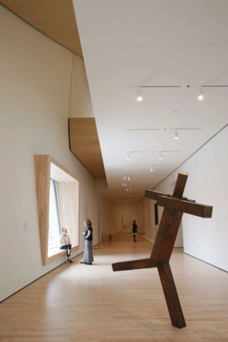 A City Gallery at SFMOMA featuring Untitled by Joel Shapiro (1989); photo: © Iwan Baan, courtesy SFMOMA