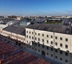 """Piuarch, edificio """"Quattro corti"""" a San Pietroburgo (Russia)"""