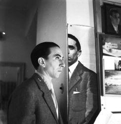 Duplice ritratto di Ico Parisi (Cernobbio, 1953. Courtesy Archivio del Design di Ico Parisi, Como)