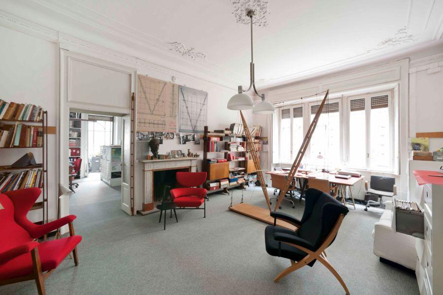 Ambienti interni dello Studio Albini, a Milano, sede della Fondazione Franco Albini (© Fondazione Franco Albini)