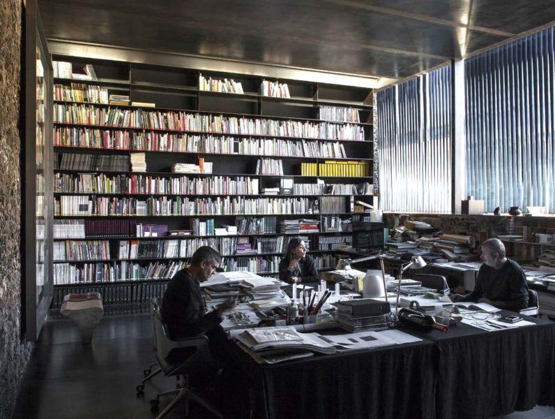 Laboratorio Barberi a Olot, 2008 (© Hisao Suzuki)