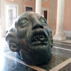 Palazzo Grassi. Demon Separated, scultura in bronzo