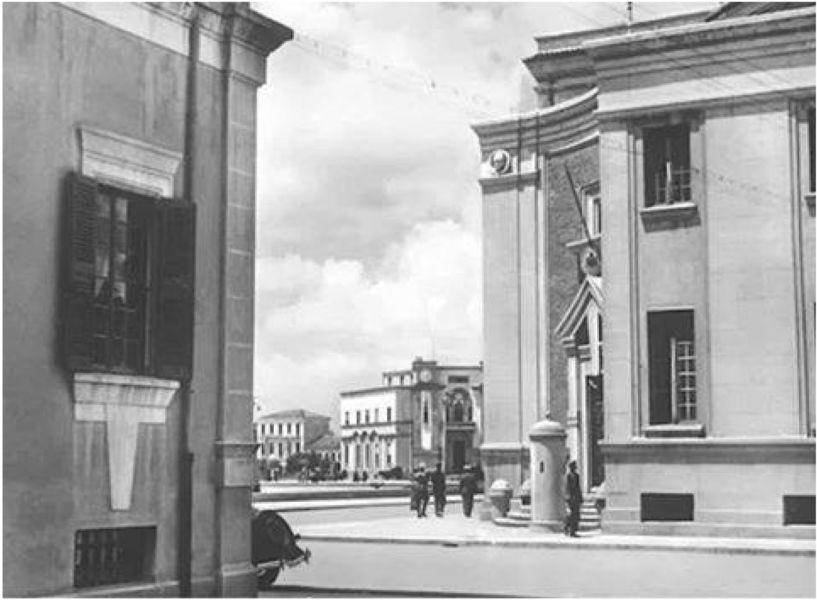 Florestano Di Fausto, Piazza Scanderberg, Ministeri e Municipio, Tirana 1939 (archivio privato, Tirana)