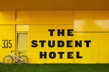 The Student Hotel Amsterdam, la facciata