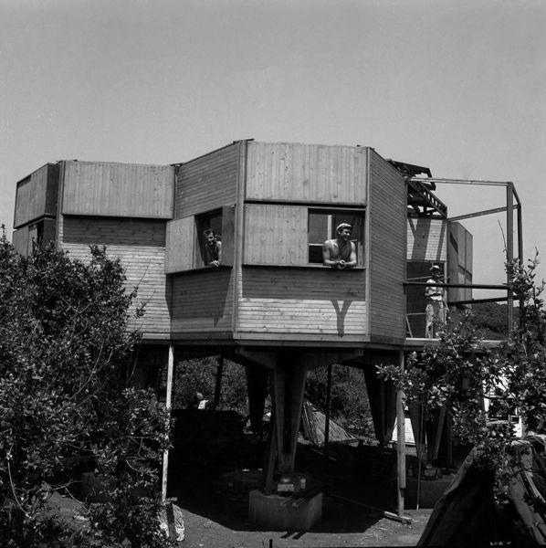 Casa Esagono (1957) © Baco-Archivio Vittorio Giorgini
