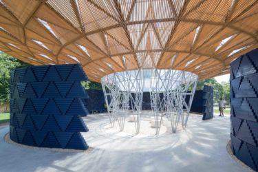 Serpentine Pavilion 2017, designed by Francis Kéré. Serpentine Gallery, London (23 June – 8 October 2017) © Kéré Architecture, Photography © 2017 Iwan Baan