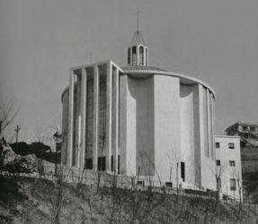 """Luigi Carlo Daneri, chiesa di San Marcellino a Genova; strutture di Pier Luigi Nervi, 1936 (dal testo """"The Rethoric of Pier Luigi Nervi""""; concessione editore)"""