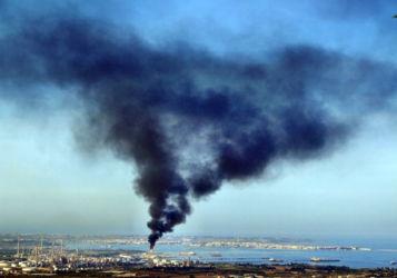Polo industriale di Priolo-Augusta (Siracusa). Foto tratta da Atlante italiano dei conflitti ambientali