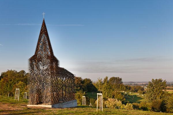 """Reading between the lines"" (Looz, Limburg, Belgio 2011), arch. Gijs Van Vaerenbergh"