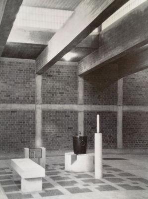 Maria Schwarz, Battistero nella chiesa di Sant'Antonio, Essen, 1959 (©Rudolf Schwarz, Kirchenbau, Heidelberg, 1960)