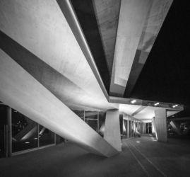 MCArchitects, One Airport Square a Accra (foto di Fernando Guerra)