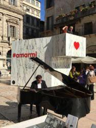 Marmomac & the City 2016, Piazza delle Erbe, Amarmi di michbold con Barsi Marmi